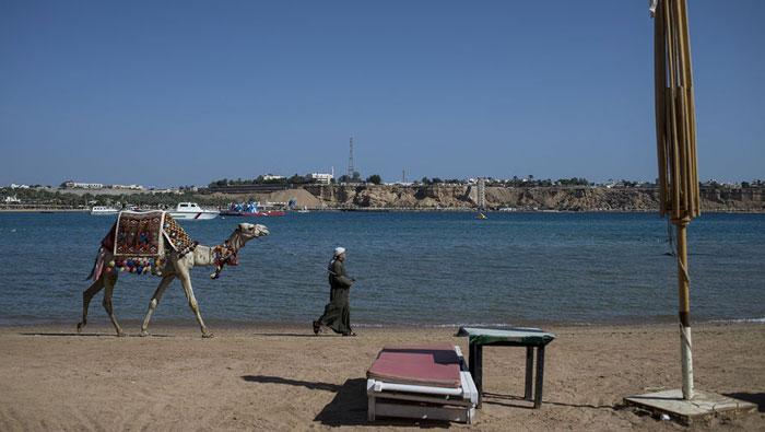 Египетские пляжи без российских туристов