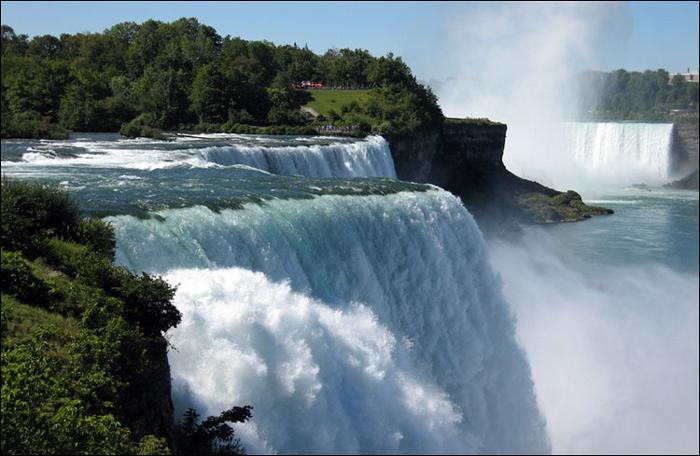 Ниагарский водопад - комплекс водопадов на реке Ниагара